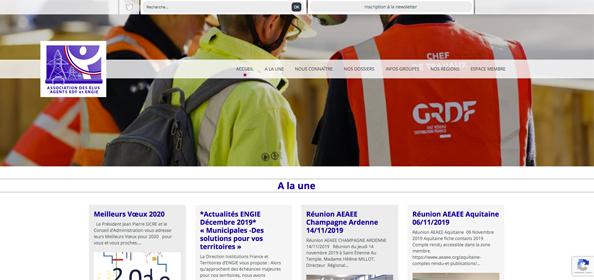 AEAEE - 17Pixel.com